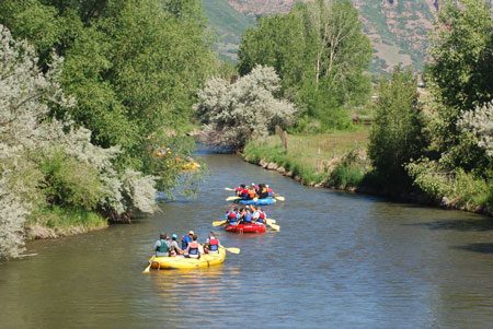 Rafts in flatwater on Weber River